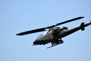 霞目駐屯地のコブラの空中展示