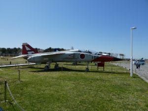 T-2高等練習機の全景
