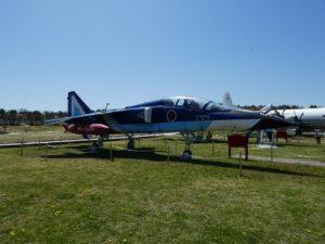 T-2ブルーインパルスの全景