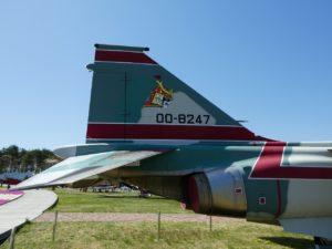 三沢基地のF-1尾翼