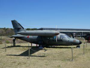 連絡偵察機LR-1の全景
